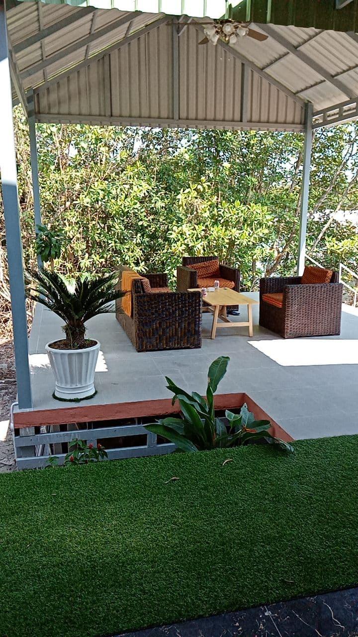 Riverside Apartment - Terrace